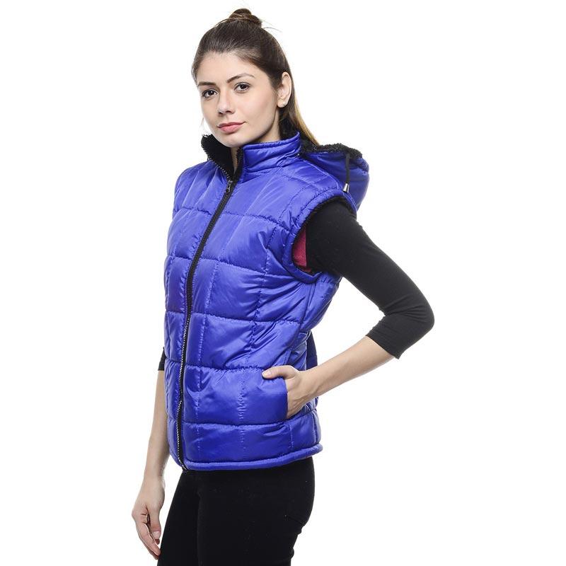 Kurtki sportowe Kurtki sportowe są bardzo istotnym elementem garderoby każdej aktywnej kobiety. Specjalnie skrojone i uszyte z przepuszczających powietrze materiałów, stanowią wygodną ochronę podczas uprawiania sportów na świeżym powietrzu.